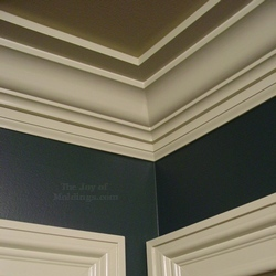 A traditional crown molding buildup