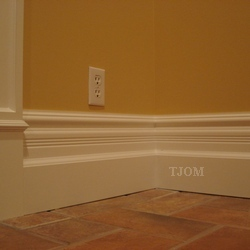 victorian farmhouse baseboard moldings diy